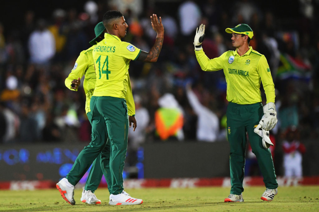 Proteas edge England in East London thriller